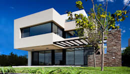 منازل تنفيذ Speziale Linares arquitectos