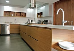modern Kitchen by KDF Arquitectura