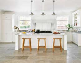 Lámparas-Fotoambientes: Cocinas de estilo moderno por Class Iluminación