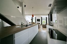 : moderne Keuken door Rove