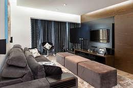 6 innovatieve manieren om een TV in de woonkamer te hebben