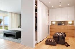 غرفة الملابس تنفيذ Molins Interiors