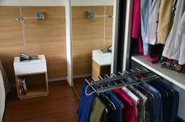 Dormitorios de estilo  por RÜM Proyectos y Diseño