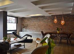 Livings de estilo ecléctico por santiago dussan architecture & Interior design