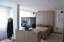 Dormitorios de estilo ecléctico por santiago dussan architecture & Interior design