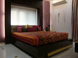 Chowdhary Residence: modern Bedroom by Spaces and Design