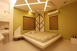 Mahesh Kataria: modern Bedroom by PSQUAREDESIGNS