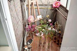 Self Interior 셀프 보일러실 인테리어 : 함프리 의  베란다