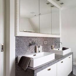 Pure PML-32 furniture handle in White bronze (WB): landelijke Badkamer door Dauby