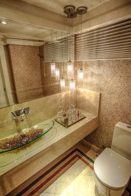 classic Bathroom by VL Arquitetura e Interiores