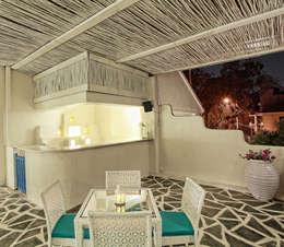 غرفة السفرة تنفيذ Saloni Narayankar Interiors