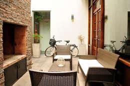 Casas de estilo minimalista por Radrizzani Rioja Arquitectos