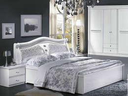 master bedrooom: modern Bedroom by ujjwalinteriors