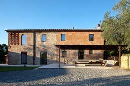 Maisons de style de style Rustique par MIDE architetti