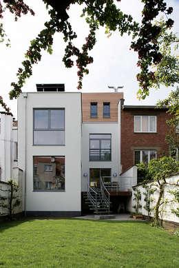 Godefroid: Maisons de style de style Moderne par Modelmo ScPRL