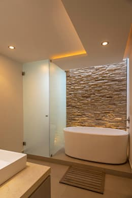 ROMERO DE LA MORA : modern tarz Banyo
