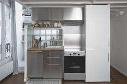 Nhà bếp by Croisle Architecture