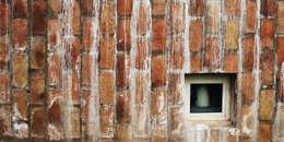 El Mangaleta by Marco Rampulla: Hoteles de estilo  por MLM Arquitectos