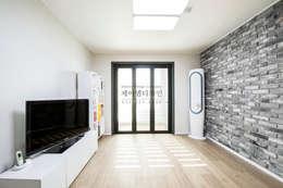 industrial Living room by JMdesign