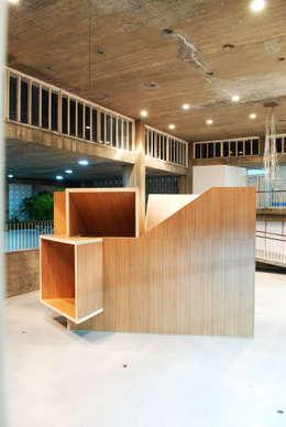 La Cabaña. Pabellón de Arquitectura: Casas de estilo moderno por Tragaluz Estudio de Arquitectura