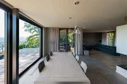 Столовые комнаты в . Автор – BURO5 - architectes & associés