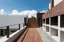 SECTOR ASADORES: Terrazas de estilo  por CELOIRA CALDERON ARQUITECTOS