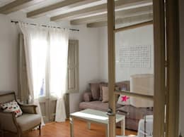 Soggiorno in stile in stile Moderno di Nice home barcelona