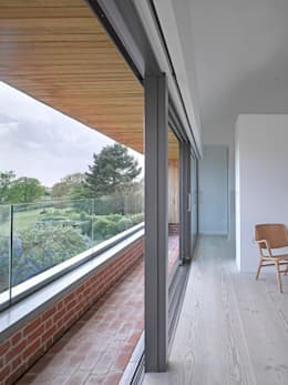 ​The master bedroom at the house at Broad Street in Suffolk: modern Bedroom by Nash Baker Architects Ltd