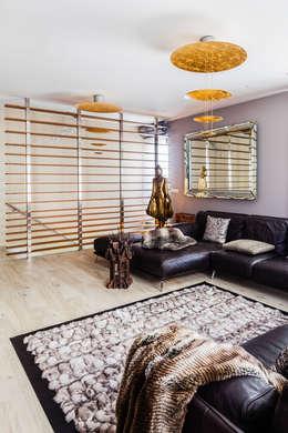 غرفة المعيشة تنفيذ Ayuko Studio