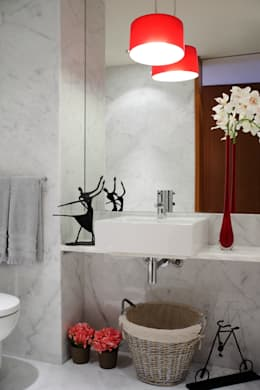 modern Bathroom by Susana Camelo