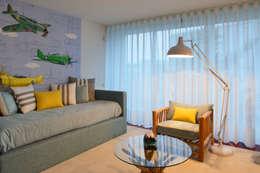 modern Nursery/kid's room by Susana Camelo