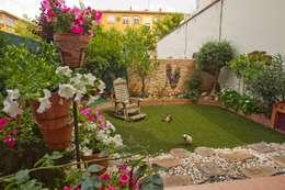 Decoración de jardines: Jardines de estilo asiático de Narai Decor
