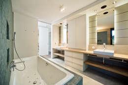 Badezimmer: landhausstil Badezimmer von Giesser Architektur + Planung