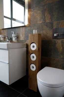 Baños de estilo  por woodel