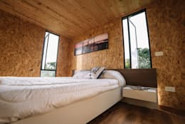 modern Bedroom by COLECTIVO CREATIVO