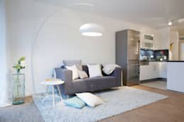 Home Staging Bavaria: modern tarz Oturma Odası