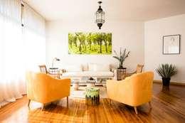 INTERIOR CASA EN POLANCO: Salas de estilo moderno por MaisonList