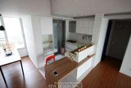 동탄아파트인테리어 시범다은마을 월드메르디앙 24평 인테리어: 레브디자인스페이스의  다이닝 룸