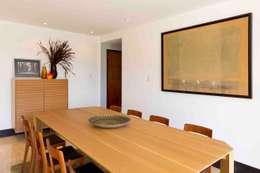 Casa M:  de estilo  por minima design & architecture studio