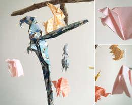 Mobile Celeste en origami: Chambre d'enfants de style  par Little Cureuil