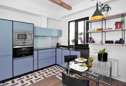Cocina de estilo  por muebles izco