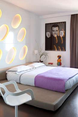 Спальная комната  в . Автор – PDV studio di progettazione