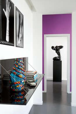 Прихожая, коридор и лестницы в . Автор – PDV studio di progettazione