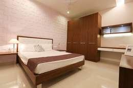 Model Flat: modern Bedroom by Design Cafe