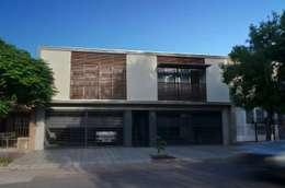 Uspallata 460: Casas de estilo moderno por trama arquitectura