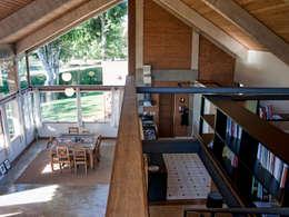 Projekty,  Domowe biuro i gabinet zaprojektowane przez Quinta