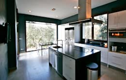 Casas de estilo moderno por VALVERDE ARQUITECTOS