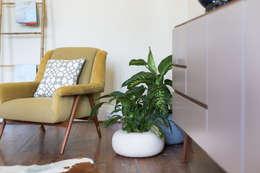 Sala de estar  por Loloca Design