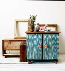 Rustykalna Szafka: styl , w kategorii Gospodarstwo domowe zaprojektowany przez Treefabric