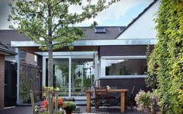 Woonhuis EABR Veldhoven: moderne Huizen door 2architecten